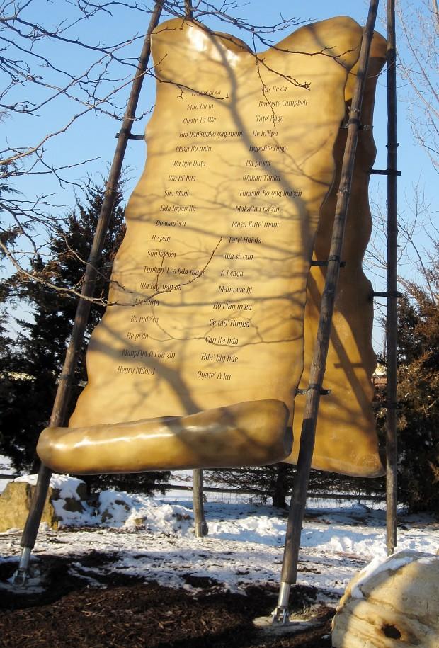 Mankato Dakota 38 Monument